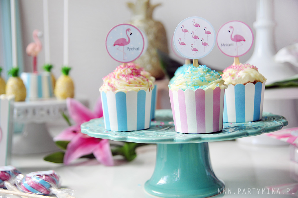 flamingo-cupcakes-toppers
